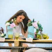 flowers, hair, table setting