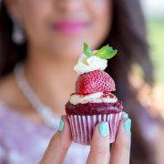 cupcake, nails