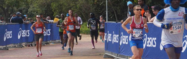SA Weddings Athletes Running For Breast Cancer