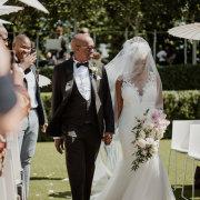 bouquets, bride, veil