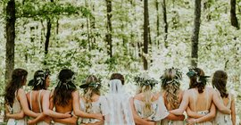 5 Ways To Keep Your Bridesmaids Happy