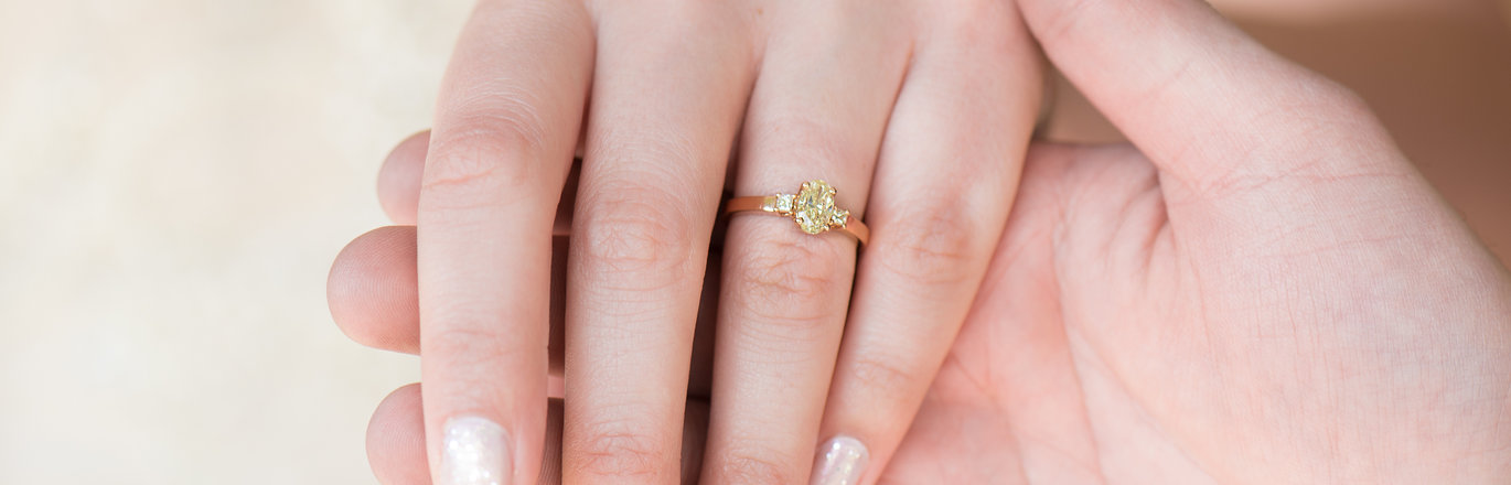 The Guide To Buying An Engagement Ring