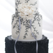 3 tier cake, black and white