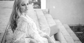 Leading Ladies - Erna Theron