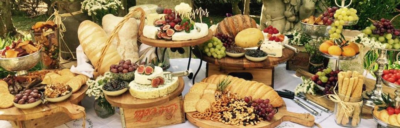 Leading Ladies - The Cheese Cake