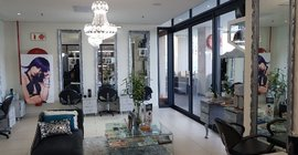 William Roberts Hair Studio