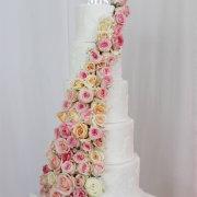 roses, wedding cakes - Delana\