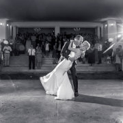 first dance, kiss, kiss - Hendrik Steytler Photography