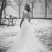 wedding dresses, wedding dresses, wedding dresses, wedding dresses - Loch Lynne Wine Estate