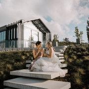 bride and bridesmaids, wedding venue - Quoin Rock