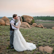 bride and groom, bride and groom, bride and groom, kiss, kiss, kiss - Bianca Franz Photography