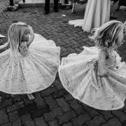 flower girls, flower girls dresses - Bianca Franz Photography