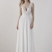 headpiece, wedding dresses - Bridal Manor