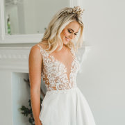 bridal headpieces, lace, lace, tiara, wedding dresses, wedding dresses - Calegra Bridal House