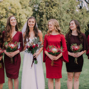 bouquets, bride and bridesmaids - Eensgezind