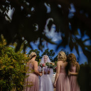 flowers, bride and bridemaids - Oppie Plaas Venue