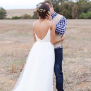bride and groom, bride and groom, kiss, kiss, open back wedding dress - Smoorverlief Bridal