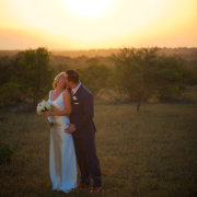 safari, sunset, kiss - Louise Meyer Photographers