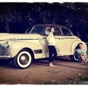 car, classic, vintage, white - BookAclassic