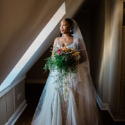 bouquets, bride, veils - Sorrento Events
