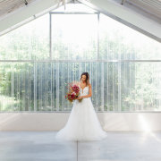 bridal bouquet, wedding dresses, wedding dresses, wedding gowns - Môreson