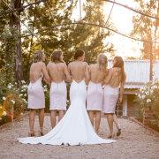bride and bridesmaids - JCclick