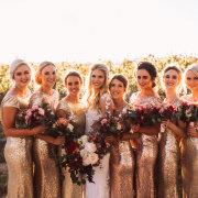 bride and bridesmaids, bridesmaids dresses, bridesmaids dresses, gold - Vrede en Lust