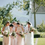 bouquets, bride and bridesmaids - Vrede en Lust
