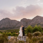 kiss, kiss, mountain view, winelands - Vrede en Lust