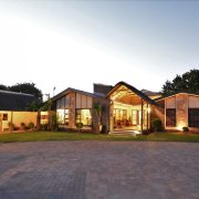 Balmoral Luxury Lodge