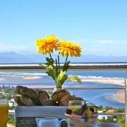 beach, catering - La Vista Lodge