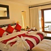 accommodation, bedroom - La Vista Lodge