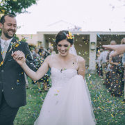 confetti - DuVon Wine and Wedding Estate