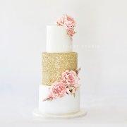 wedding cakes, 2019 cake trends - Sugar Studio