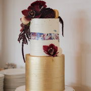 wedding cakes - Sweet LionHeart