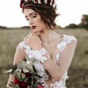 bridal looks, bridal makeup, flower crowns