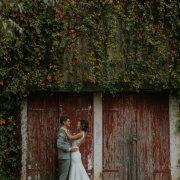 barn, bride & groom, greenery
