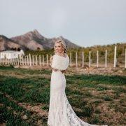 bride, fur bolero, lace, lace, wedding dresses, wedding dresses