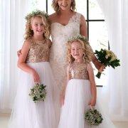 bride, flower girls, flower girls dresses