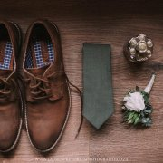 grooms accessories, grooms shoes, tie, boutonnierie