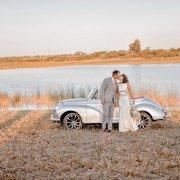 bride and groom, bride and groom, car, kiss, kiss