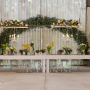 floral decor, main table