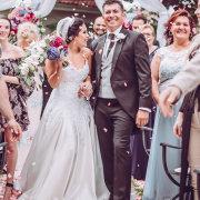 bride and groom, bride and groom, confetti