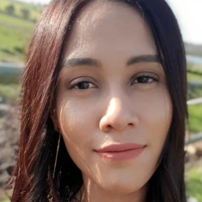 Amy - Dee Erasmus