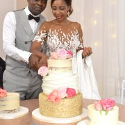 bride and groom, bride and groom, wedding cakes