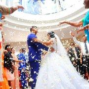confetti, first dance
