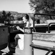 bride, car