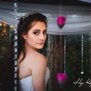 Kayleigh De Oliveira 24