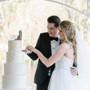 bride and groom, bride and groom, wedding cakes