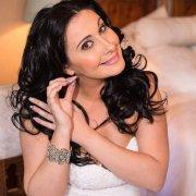 Claudia Genade 40